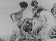 Nackte haarige Fotzen aus den 40er Jahren