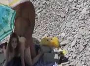 Sex am Strand heimlich gefilmt
