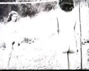 Girls sonnen sich nackt