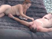 Spanner filmt nackte Menschen am Fkk Strand