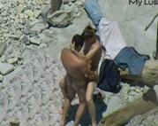 Voyeur filmt Quickie am Strand
